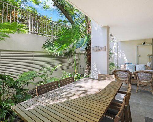 1-bedroom-deluxe-gardenside-ground (8)