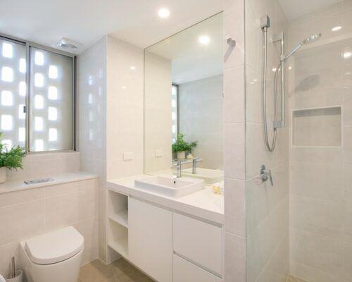 2-bedroom-2-bath-top-waterfront (6)