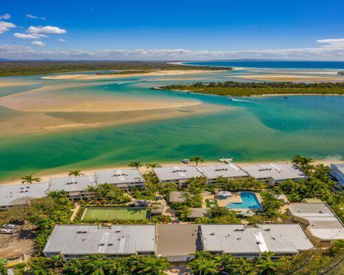 Noosa-Harbour-Resort-Aerial (13)