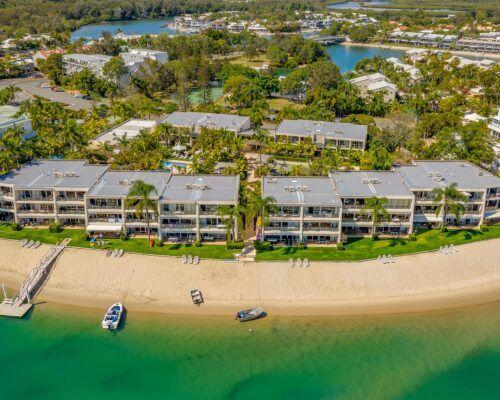 Noosa-Harbour-Resort-Aerial (3)